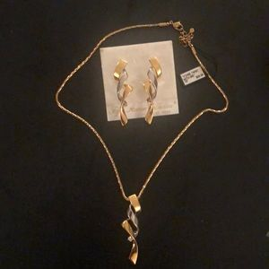 Necklace and Earrings  NEW Fifth Avenue Collection